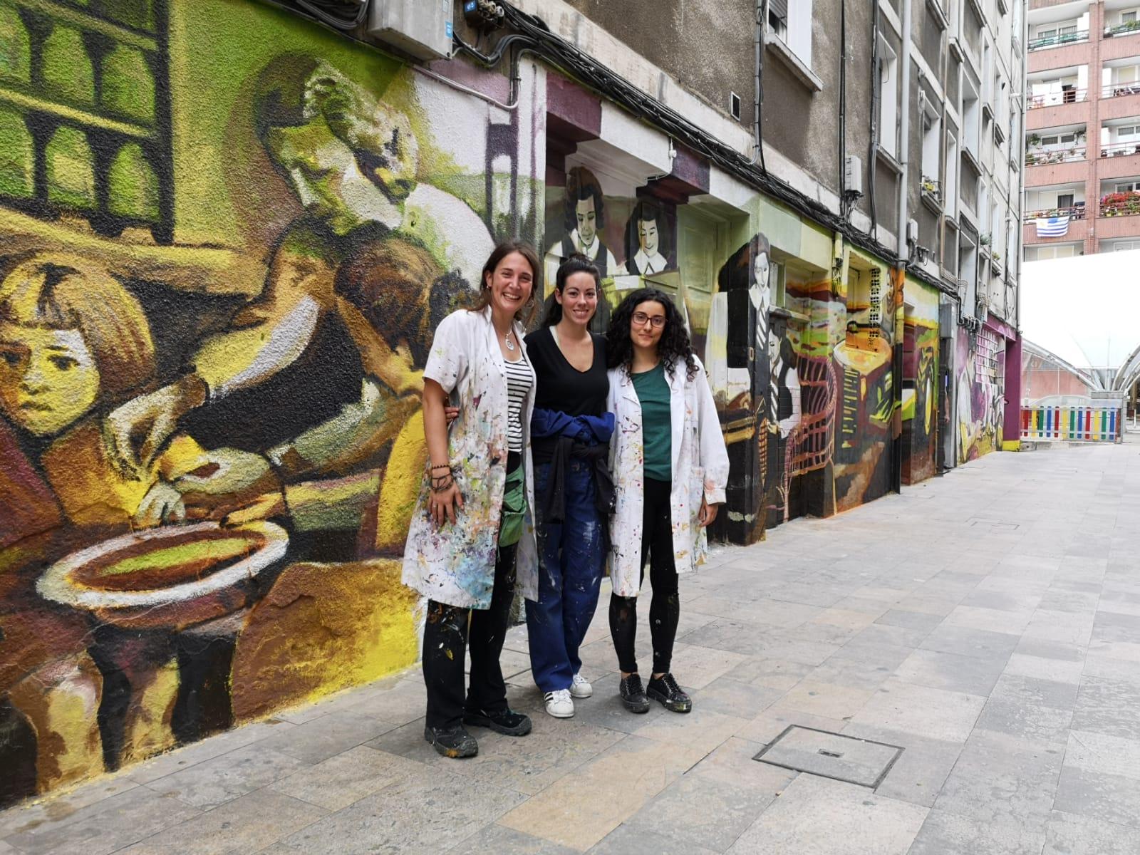 "Irantzu Lekue takes her ""muralism for social transformation"" to Iurreta with Gure emakumeak"